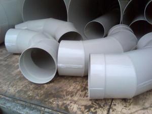 Преимущества пластиковой бытовой вентиляции