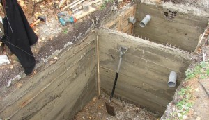Заливаем бетон и снимаем опалубку