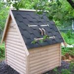 Домик для колодца на даче