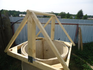 конструкция крышы колодца