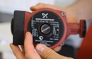 Циркулярная помпа Grundfos UPS-25-60 180