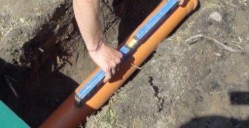 измеряем угол уклона трубы